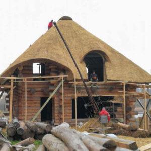 Монтаж дахів панелями